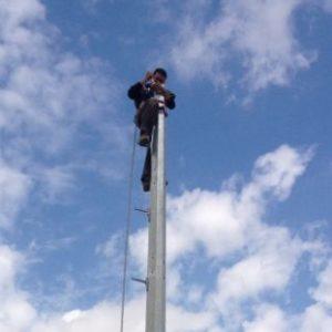 instalacion-poste-luz
